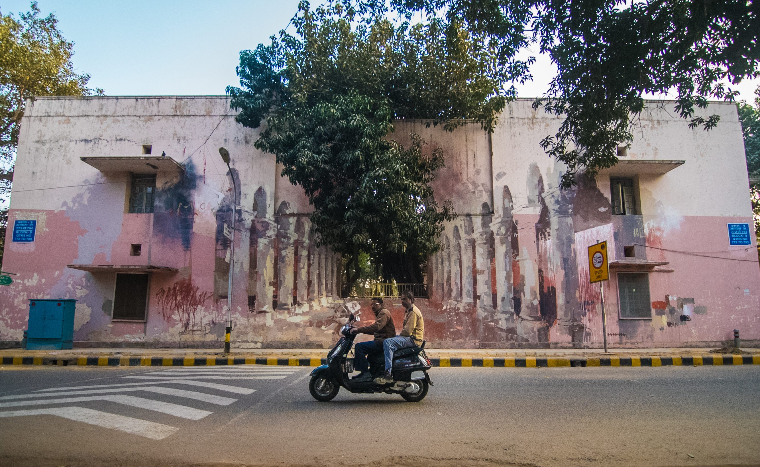 Borondo _the origin of the world_ for St+Art Delhi Festival 2016_Photo ©Akshat Nauriyal